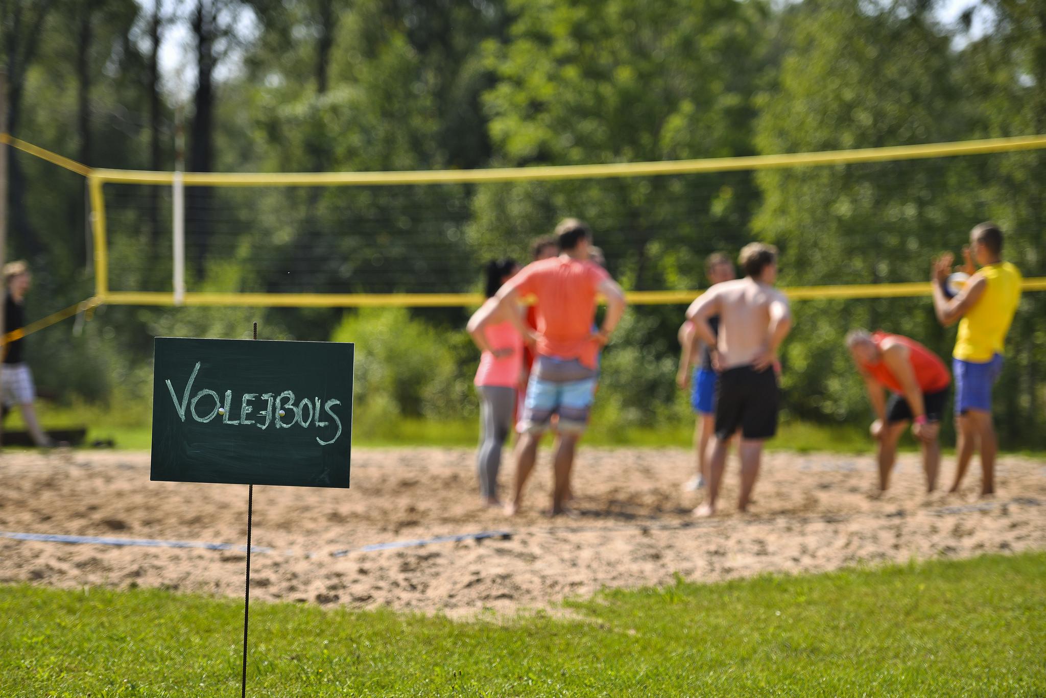 sporta-speles-volejbols